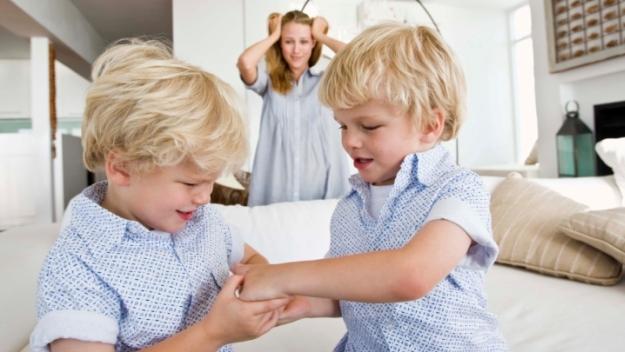 mes jumeaux je les habille pareil portail parents. Black Bedroom Furniture Sets. Home Design Ideas