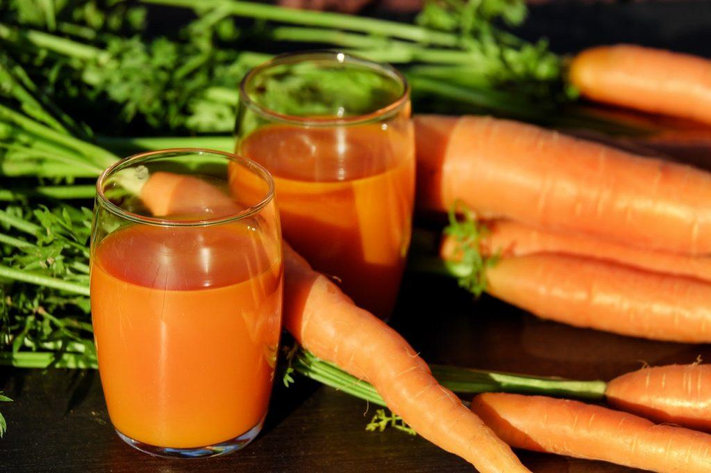 Carottes et jus de carottes